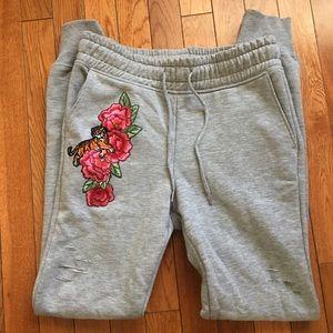 Ripped slits trendy gray sweat pants